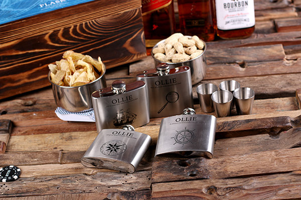 Elite Personalized Flasks & Poker Chips Gambling Gift Set T-025349