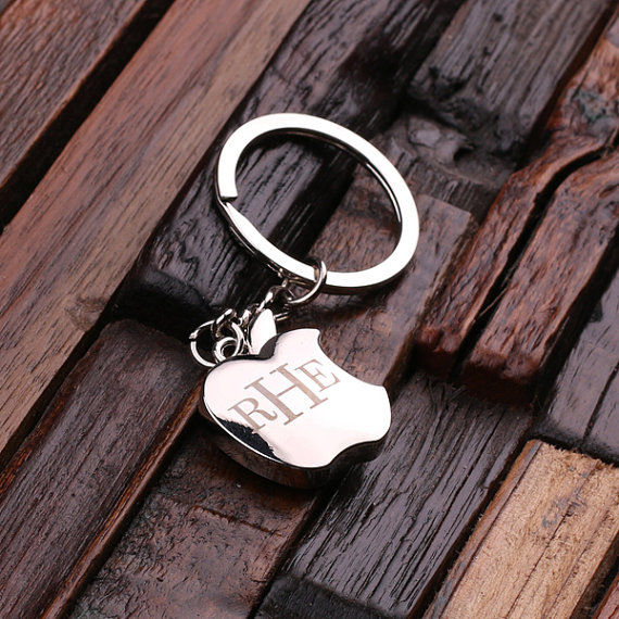 Personalized Polished Stainless Steel Apple Design Keychain T-025267